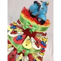 Torta bomboniera con portachiavi vespa 18 con confetti e bigliettino