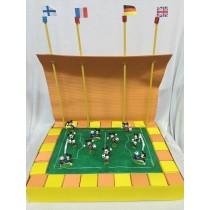 Torta bomboniera campo da calcio topolino con confetti e bigliettino